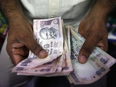 Let Government Staff's Pension Funds To Invest 50% In Equities: PF Body