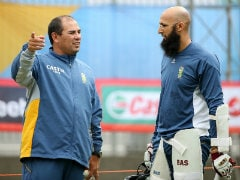 Cricket South Africa Extends Head Coach Russell Domingo's Contract