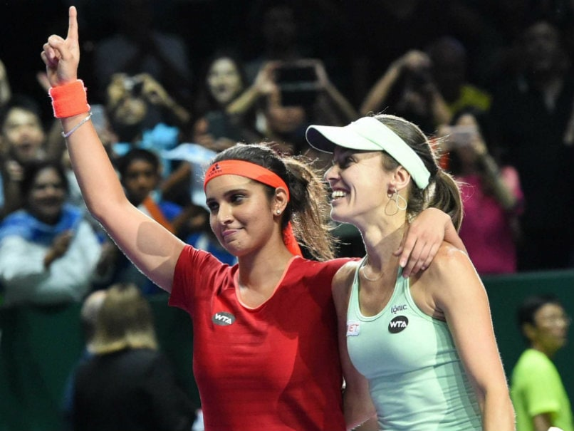 Sania Mirza-Martina Hingis March Into WTA Finals Semis