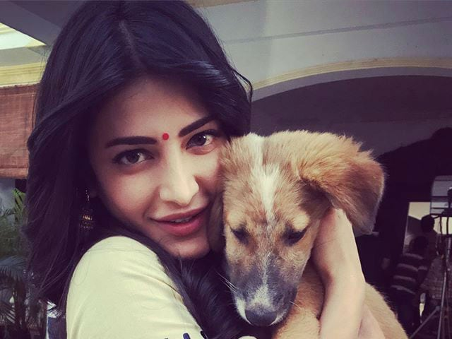 Shruti Haasan: People Consider Me A Rocker, But I'm A 'Romantic Girl'