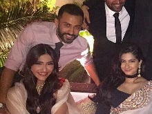 Sonam Kapoor's Rumoured Boyfriend Anand Ahuja Was At Her Cousin's Roka