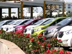 Surat Diamond Merchant's Diwali Gift Of 400 Flats, 1,000 Cars Comes With EMIs For Staff