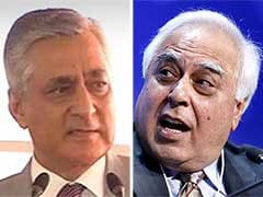 Humour in Real Life: BCCI Counsel Kapil Sibal Faces Judge's Googly in Supreme Court