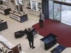 Nightmare Moment Man Smashes TVs Worth 5000 Pounds In UK Store