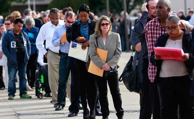 US Jobless Claims Hit Five-Month High, But Layoffs Low