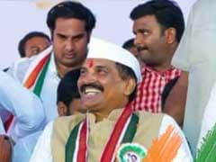Telangana Government Releasing Funds For Contractors, Not Farmers: Congress