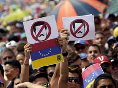Venezuela Opposition Escalates Anti-Maduro Protests, Dozens Injured