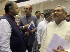 To Blunt Opposition Attack On Notes Ban, Arun Jaitley Dials Nitish Kumar, Other Chief Ministers
