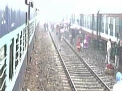 Trains Stopped, Shutdown Begins In Protest Against Note Ban In Bihar