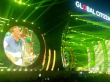 Global Citizen Festival: Chris Martin Performs. Can't. Keep. Calm