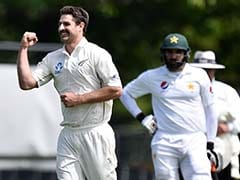 Grand Debut For Colin de Grandhomme as New Zealand Take Charge