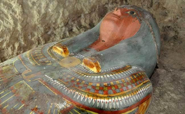Spanish Archaeologists Discover 2500-Year-Old Mummy in Egypt's Luxor