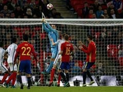 England Mannequin Challenge Falls Flat as Spain Fights Back
