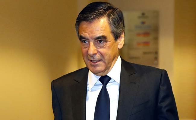 conservative francois fillon wins french presidential primary. Black Bedroom Furniture Sets. Home Design Ideas