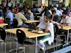 Indian IT Firms Fear Tighter H1-B Regime, Rush To Hire