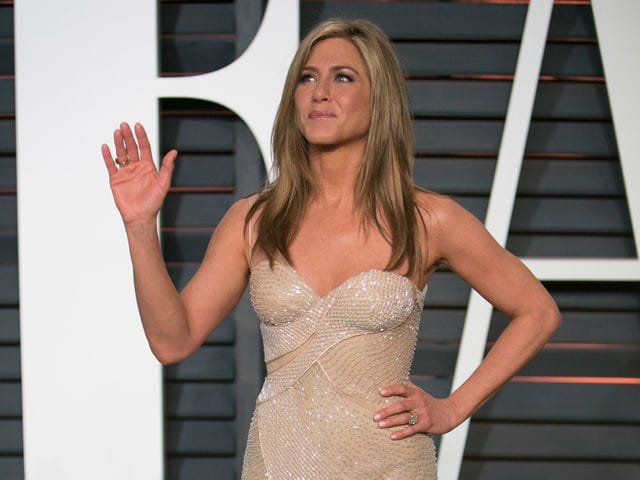 Jennifer Aniston May Adopt Children From Mexican Orphanage