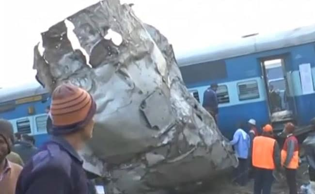 At least 30 killed as Indore-Patna express derails in Kanpur Dehat