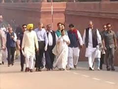 Mamata Banerjee, Shiv Sena March To President's House Against Notes Ban