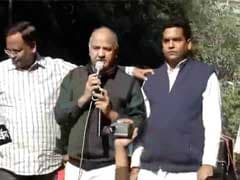 Manish Sisodia Detained Near Parliament While Protesting Against Notes Ban