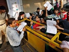 No Exchange Of Notes For Other-Bank Customers On Saturday
