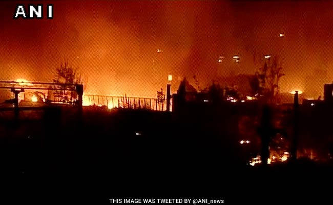 Fire breaks out at Delhi's Sadar Bazar area, 30 fire tenders rushed