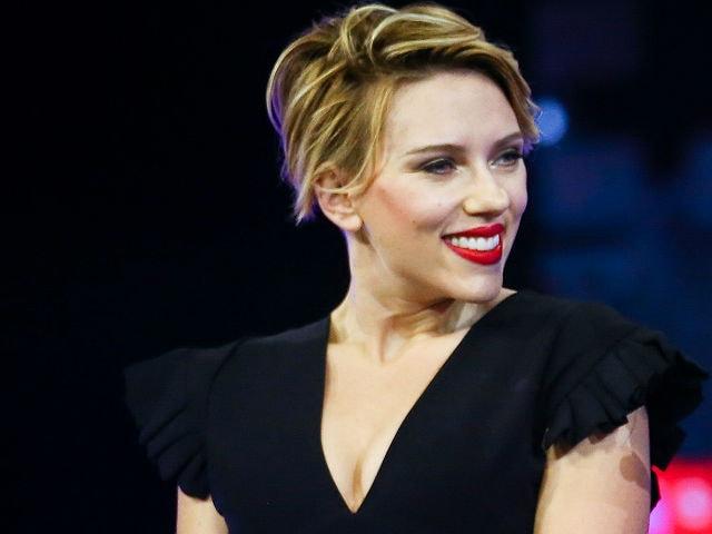 Scarlett Johansson Game - Google Family Feud Scarlett Johansson