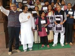 Trinamool Congress Protest Outside Parliament Over Demonetisation