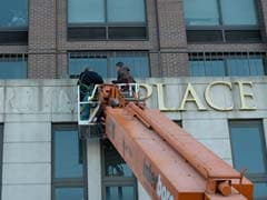 Workers Pry Gold 'Trump Place' Name Off Apartment Buildings