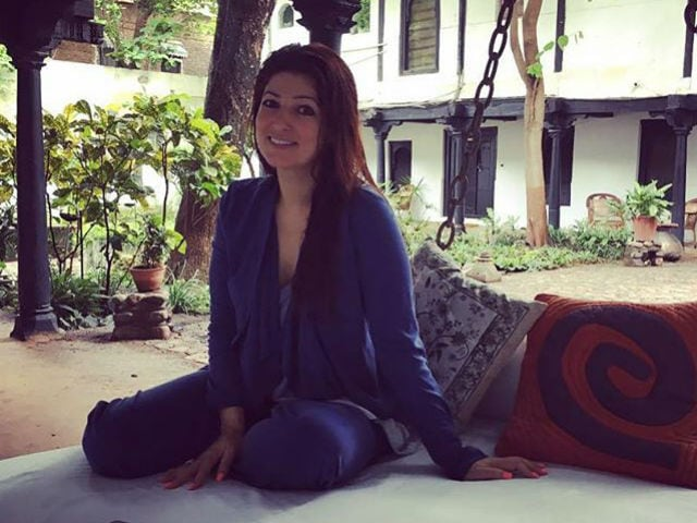 Twinkle Khanna Had the Most Polite Argument on Twitter We've Seen