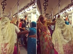What's Not To Love In This Video Of Women Dancing On The Delhi Metro?
