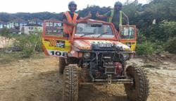 Indian Duo Win The 'Under 3050cc Diesel' Category At 2016 Rainforest Challenge Malaysia