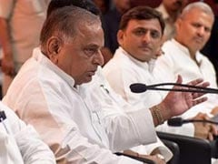 Mulayam Singh Redoes 'Essentials' List For Akhilesh Yadav To Add Shivpal