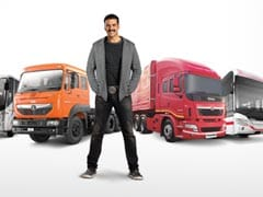 'Original Khiladi' Akshay Kumar To Endorse Tata Motors Vehicles