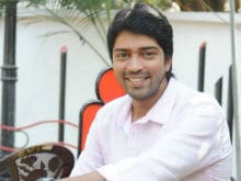 Actor Allari Naresh Shares Daughter's Picture Which Is Now Viral