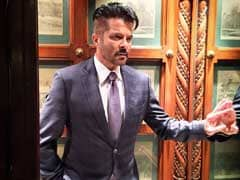 Anil Kapoor Reveals His New Haircut On Twitter. Verdict: <i>Jhakaas</i>