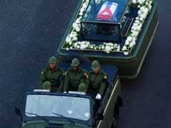 'Viva Fidel!': Castro Takes Final Voyage Across Cuba