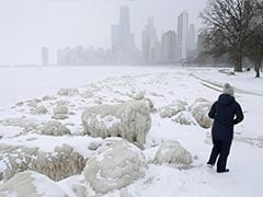 Midwest Snow Storm Grounds Hundreds Of Chicago Flights