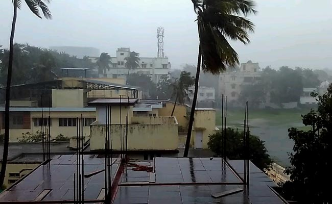 Image result for 'वरदा' तूफान