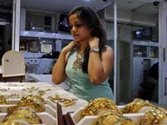 Gold Prices Slump To 10-Month Low Amid Cash Crunch