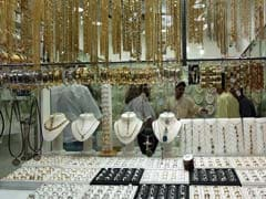 Gold Climbs Rs 200 On Global Cues, Jewellers Buying