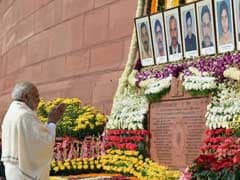Lawmakers Pay Tribute To Those Killed In 2001 Parliament Attack