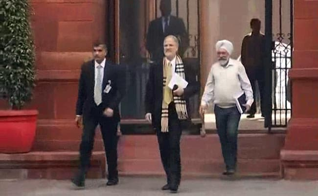 New Delhi's Lieutenant Governor Najeeb Jung abruptly quits citing personal reasons
