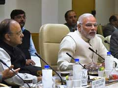 PM Narendra Modi Meets Top Experts, Officials For Crucial Review Of Economy Post Notes Ban