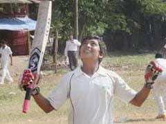 17 साल के पृथ्वी शॉ ने पहले रणजी मैच में शतक बनाकर सचिन तेंदुलकर के कमाल को दोहराया