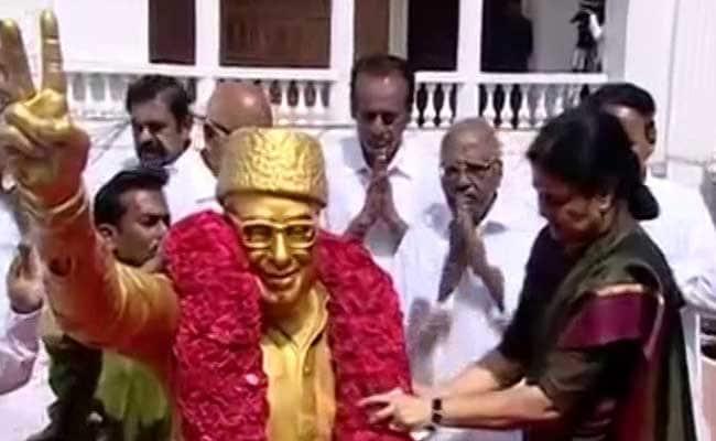 'Chinamma' Sasikala Natarajan Formally Takes Charge As AIADMK General Secretary