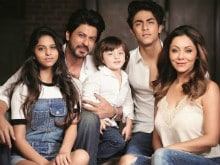 Dear Shah Rukh Khan, We Want More. Seen This Family Pic Yet?