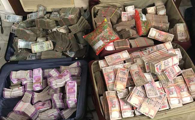 ED arrests Kolkata bizman who changed Rs 25 crore notes