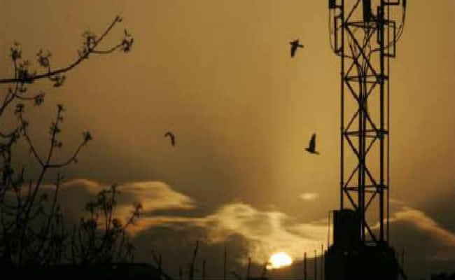 Telecom Users Base Crosses 119 Crore In March