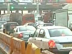 Commuters Hassled, Vehicles Caught In Snarl-Up At Mumbai Toll Plazas