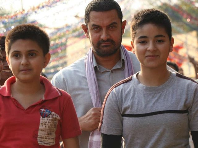 Dangal Box Office Collection Day 18: Aamir Khan's Film Speeds Past